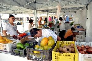 Feira da Agricultura Familiar acontece no Centro de Itanhaém