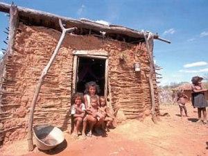 Existem milhões de famílias abandonadas à própria sorte, por todo território brasileiro.