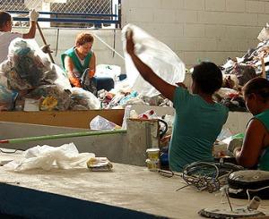 centro triagem reciclagem itanhaém