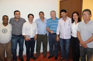 Nelson Marquezelli em visita a Cananéia