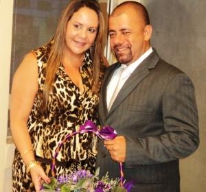 VEREADOR RAFAEL PRESTA HOMENAGEM A MARILUCE GOMES. (Foto: ER}